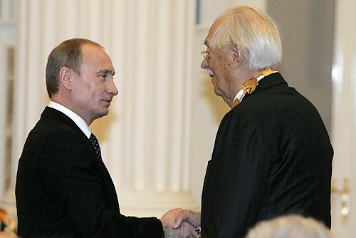 Vladimir_Putin_29_April_2008-5.jpg